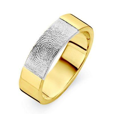 True ring i guld med fingeraftryk i hvidguld