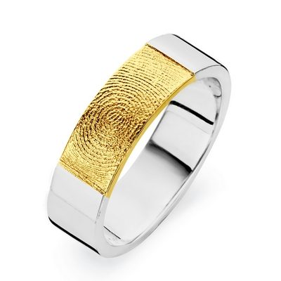 True ring i hvidguld med fingeraftryk i guld